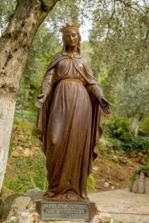 聖母マリアのダブル教会