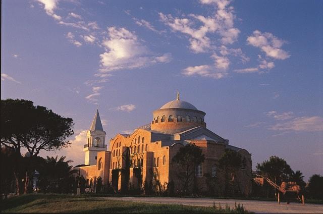 アヤイリニ教会
