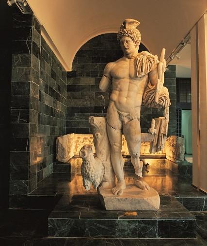アンタルア考古学博物館