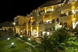 カッパドキア:大人気洞窟ホテル