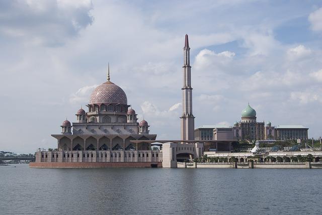 プトラ・モスク