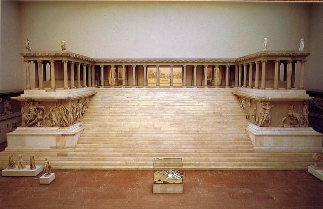 ゼウスの祭壇