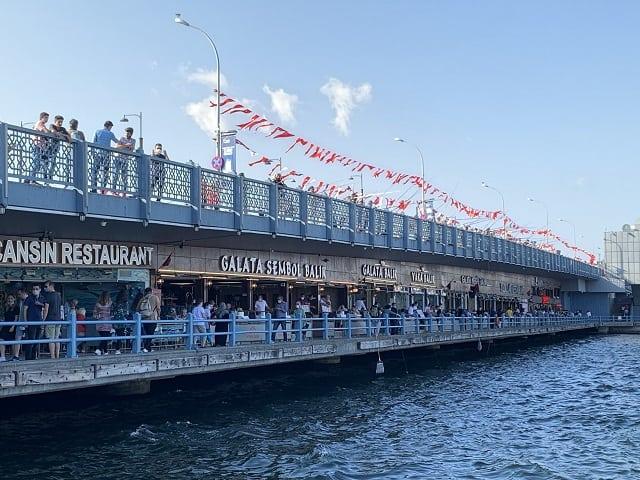 ボスポラス海峡クルーズ ガラタ橋