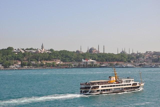 ✽ 成田発『イスタンブール海峡クルーズと世界遺産歴訪トルコ9日間』*エティハド航空指定 <br>✦毎週水・土発!4名催行 ✦4名から17名限定・バスは1人2席