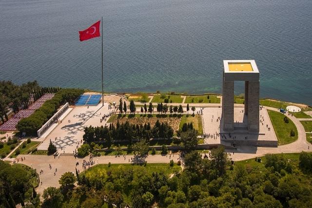 ヨーロッパとアジアの境界ダーダネルス海峡|ガリポリの戦いでオスマン帝国による勝利の地