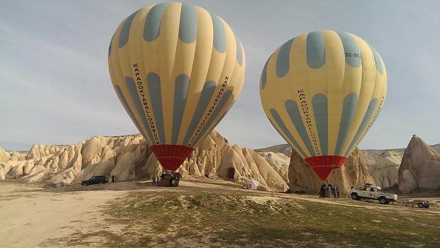 カッパドキア熱気球ツアー