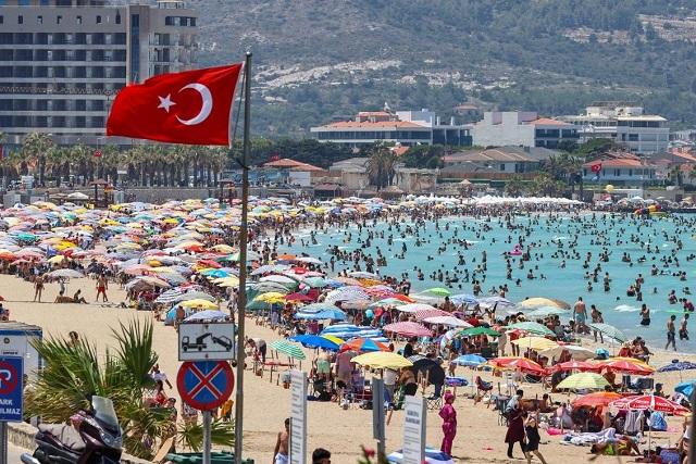 トルコの人口はどのくらい?データで見るトルコの特徴と世界との比較