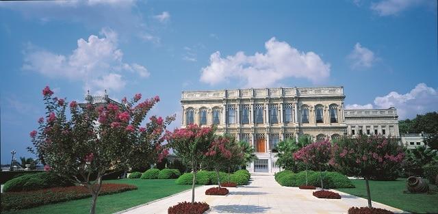 チュラーン宮殿