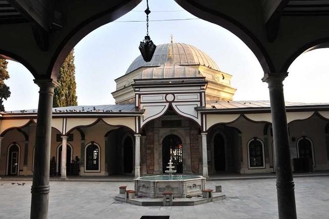 エミル・スルタンのモスク