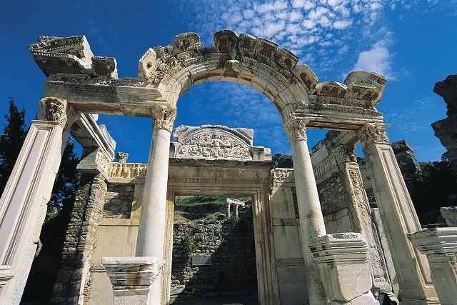 エフェソス旅行・エフェソス観光ガイド
