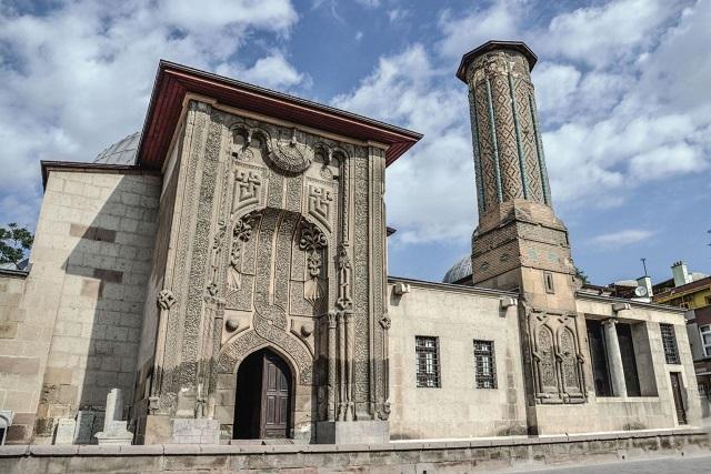 インジェミナーレ モスク
