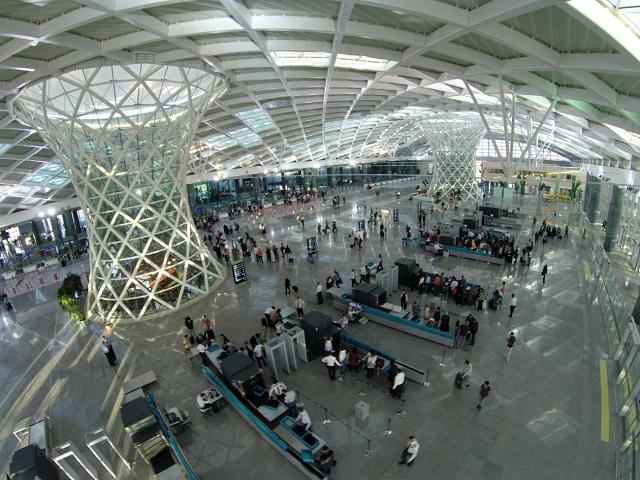 イズミル アドナン・メンデレス国際空港