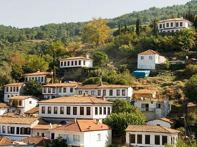 シリンジェ村