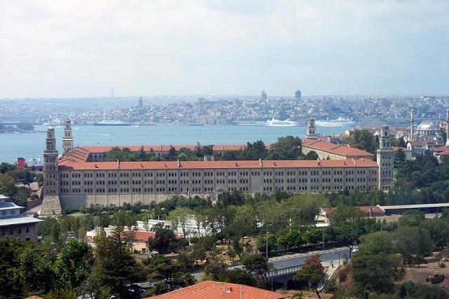 セリミエ兵舎