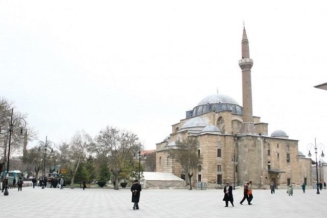 シェラフェッディン モスク