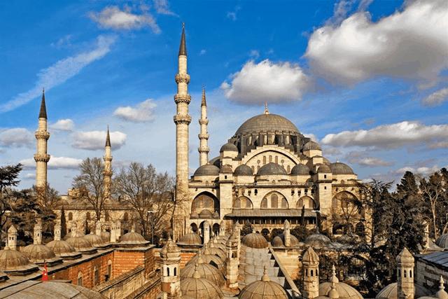 スレイマニイェ・モスク