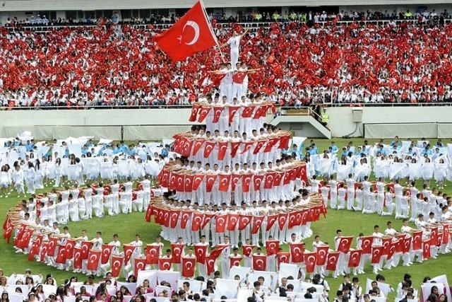 トルコ人と日本人は兄弟?!歴史や特徴、性格、生活スタイルを紹介
